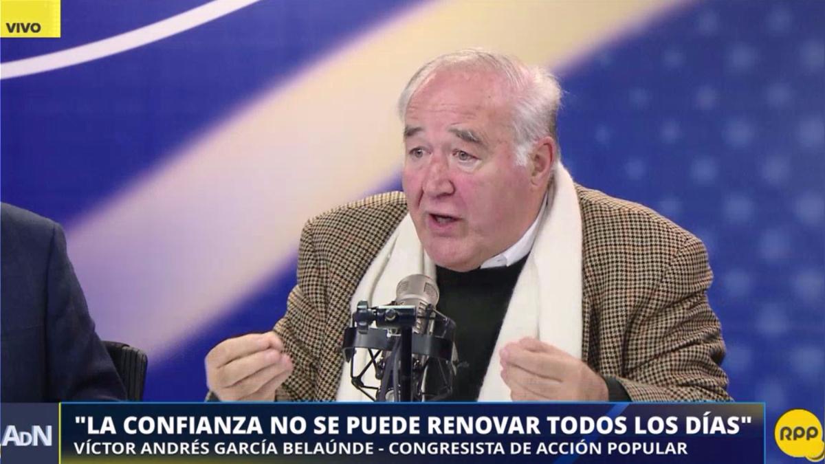 Los congresistas debaten sobre el pedido de la cuestión de confianza del premier Fernando Zavala.