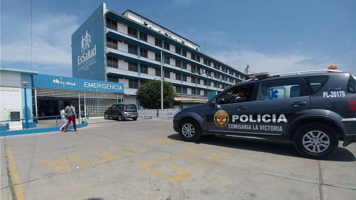 Aún con vida, la mujer fue conducida al Hospital Almanzor Aguinaga Asenjo de EsSalud, donde dejó de existir.
