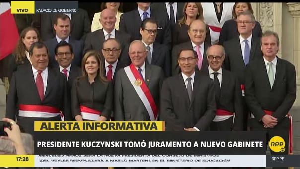 El presidente Kuczynski dio las gracias a su ex premier Fernando Zavala y a los ministros que renunciaron junto a él.