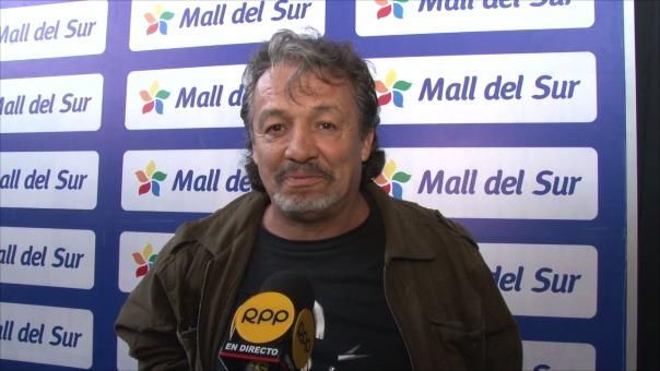 El cantante mexicano es el intérprete oficial de Dragon Ball, Slam Dunk y El Jorobado de Notre Dame.