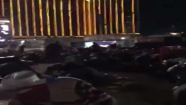 Los asistentes al festival de música intentaron ponerse a salvo.