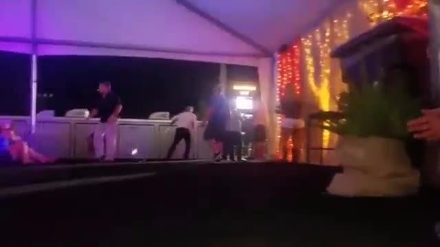 Estos asistentes al festival se dieron cuenta del tiroteo cuando iban a comprar alcohol.