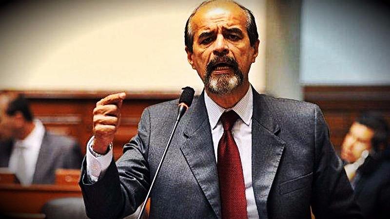 El aprista dijo que la resolución del fiscal Castellanos recogía investigaciones previas que ya fueron archivadas.