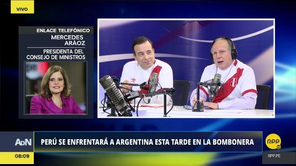 Mercedes Araóz habló sobre su afición por el fútbol y sobre su apoyo a la Selección Peruana.