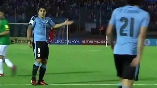 Revive la discusión entre Luis Suárez y Edinson Cavani en el Centenario de Montevideo.