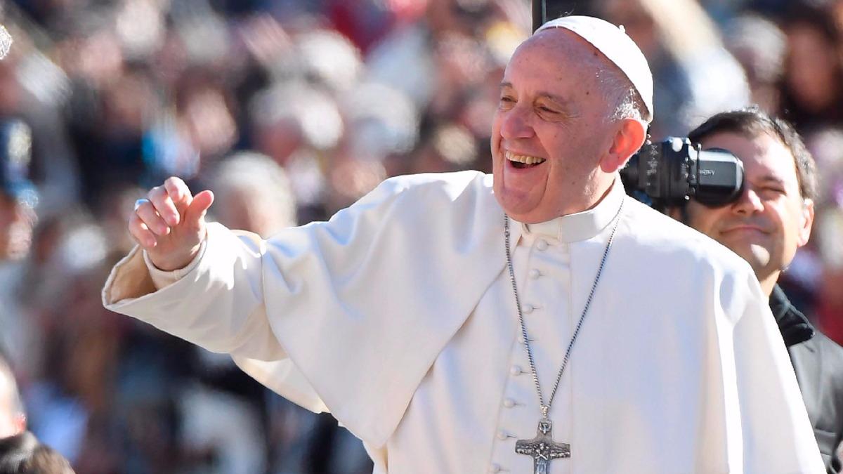 El papa Francisco nació en Buenos Aires en 1936. Cuando fue elegido papa, tenía 76 años.