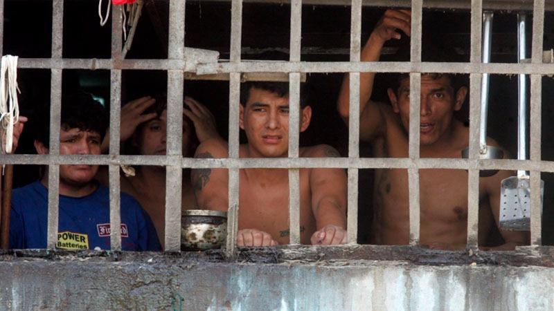 El presidente del Poder Judicial comentó que este problema se debe a la lentitud del sistema procesal peruano.