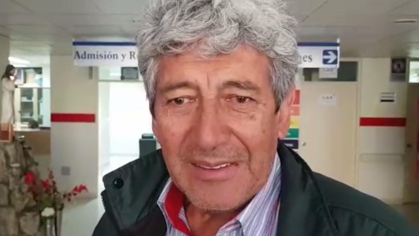 El ingeniero Wilfredo Cavero logró salir con vida del accidente de bus provincial.