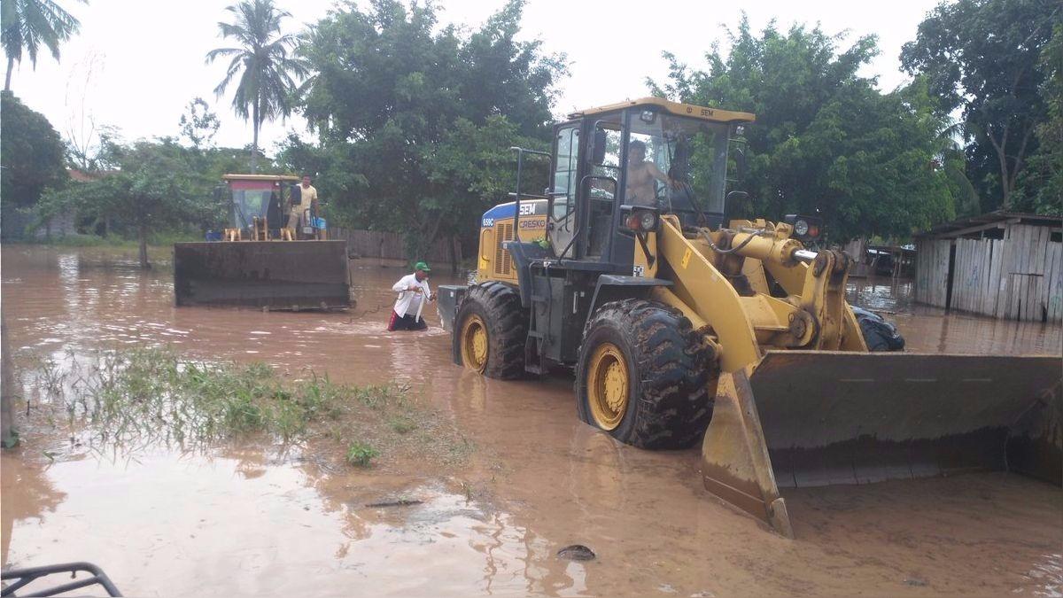 Nieto afirmó que hay 120 viviendas afectadas por las lluvias.