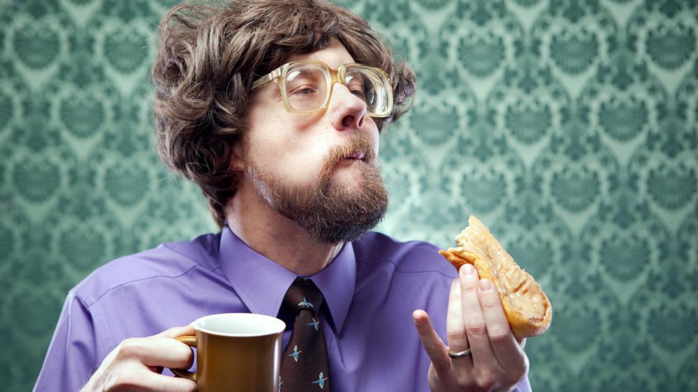 Los alimentos se deben masticas de 30 a 40 veces en promedio, indica el gastroenterólogo Henry Palomino.