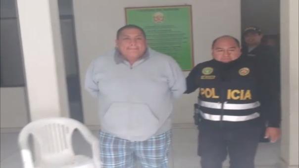 Ingreso de detenidos a la comisaría de Huaral.