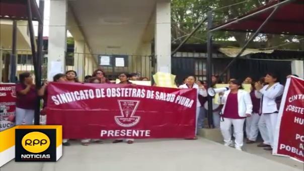 Obstetras de Piura acatan huelga desde el 22 de noviembre.