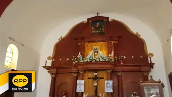 La corona fue robada durante la madrugada del sábado. Las puertas del templo fueron forzadas.