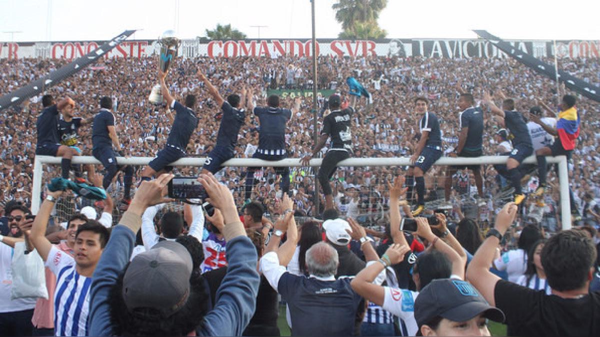 Alianza Lima consiguió 87 puntos contando el Torneo de Verano, Apertura y Clausura.