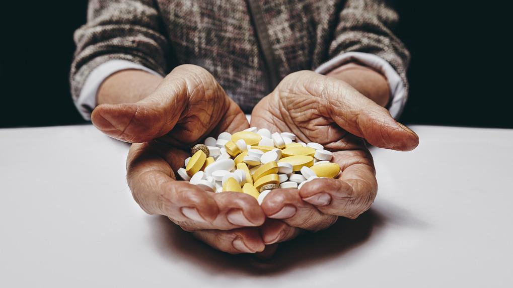 La falsificación en los medicamentos es una problemática que puede causar serios daños a la salud pública y merece una respuesta multisectorial, señala Henry Rebaza, director general de Digemid.
