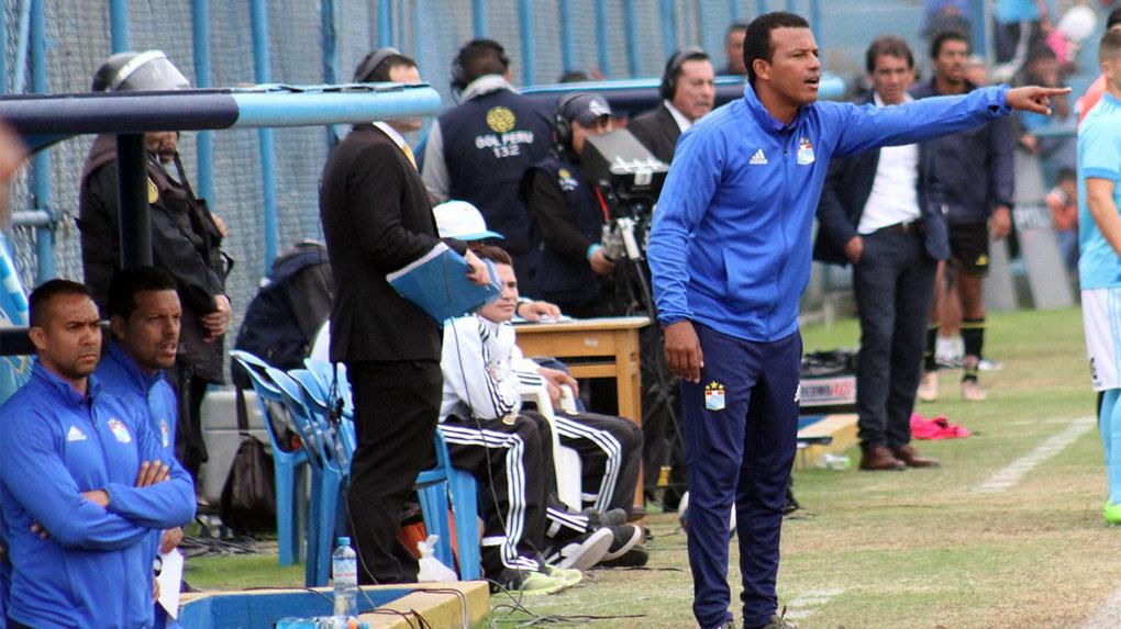 Pablo Zegarra dejo de ser técnico de Sporting Cristal.
