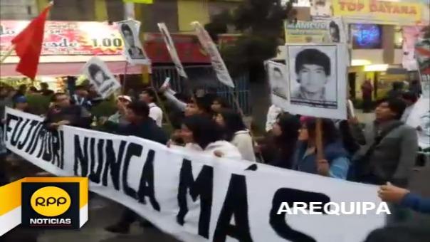 Así se vivió la marcha contra el indulto en la ciudad de Arequipa.