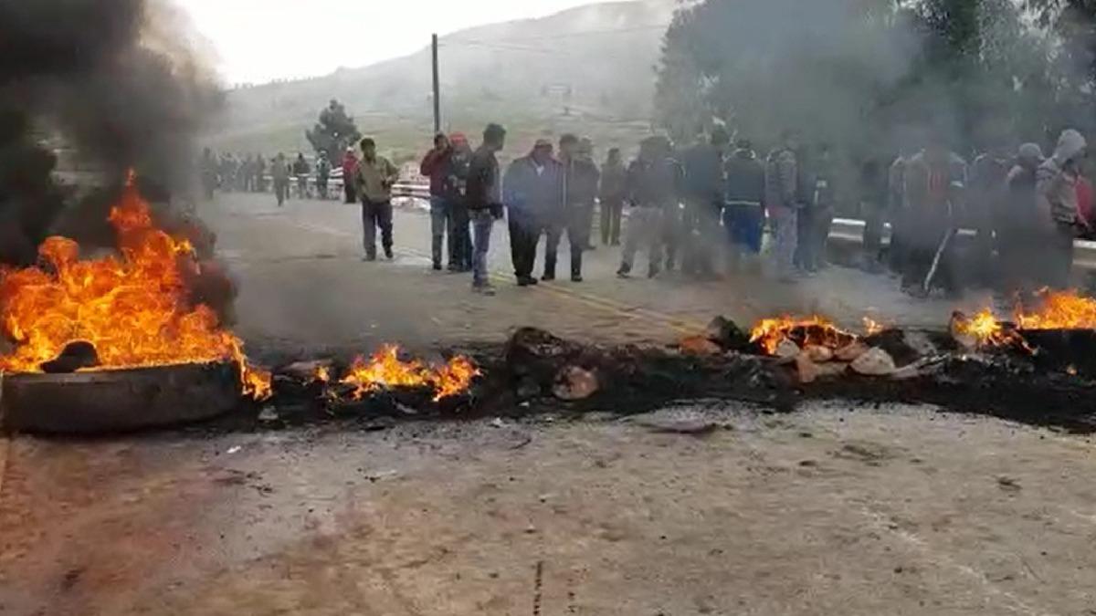 Bloqueo de vía en Huancayo.