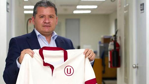 César Vento dejó la gerencia de Universitario a mitad de temporada en el 2016.