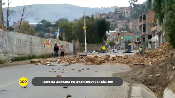 Desde las 11:00 de la mañana el pase a Lima se encuentra bloqueado por cientos de productores de papa