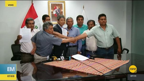 El acuerdo entre el Gobierno y representantes de los productores de papa fue anunciado este jueves por la noche.