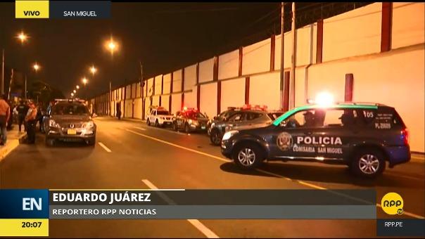 La Policía ha cercado los exteriores del centro de rehabilitación en San Miguel.