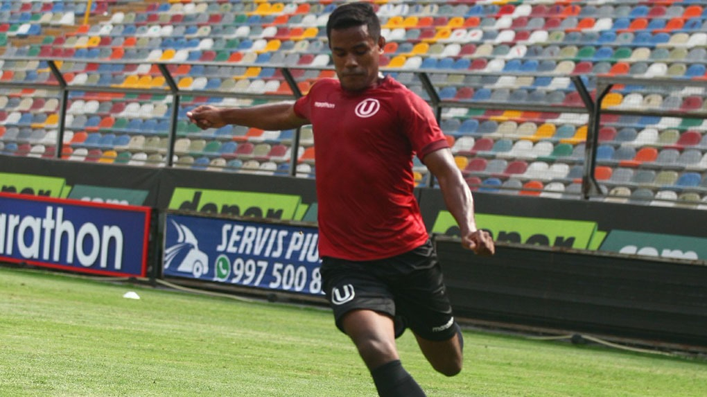 Vásquez salió campeón nacional en el año 2005 con Sporting Cristal.