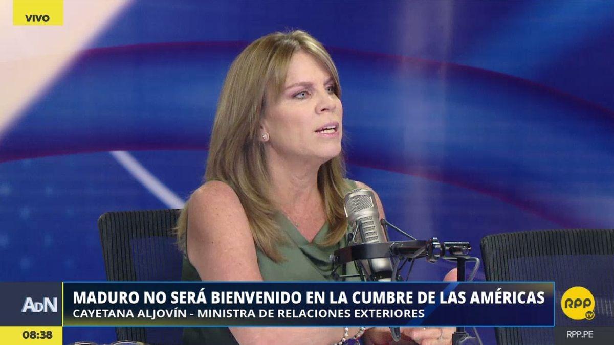 Cayetana Aljovín visita RPP Noticias