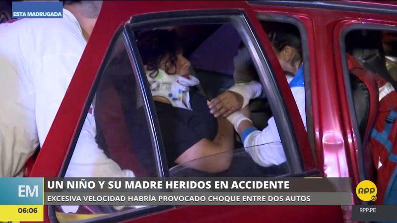 El violento choque ocurrió en el cruce de las avenidas Arenales y Pablo Bermúdez.