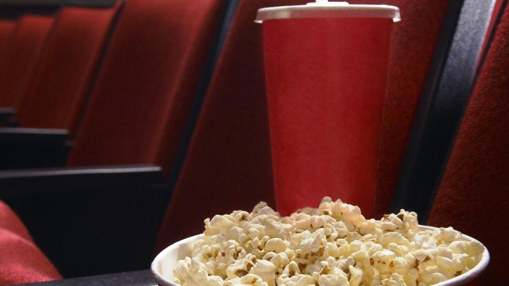 Los cines tienen plazo hasta el viernes 2 de marzo para retirar los carteles que prohiben el ingreso con comida a la sala.