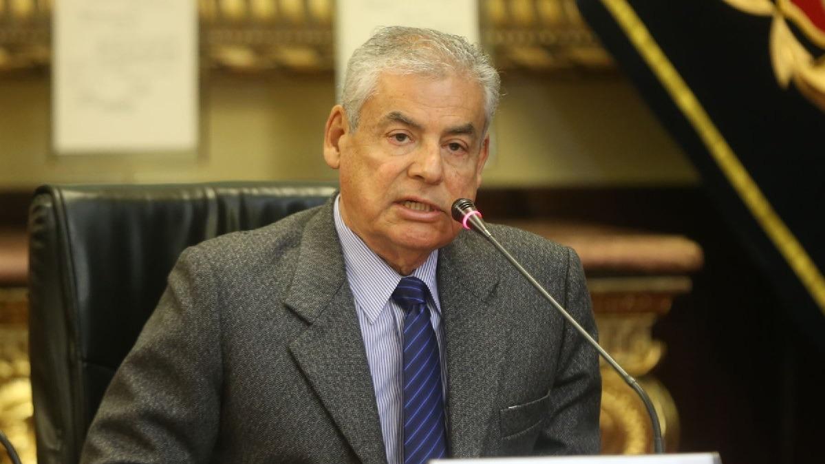 El legislador aclaró que esperará la presentación del presidente Kuczynski en la Comisión Lava Jato antes de decidir su posición sobre la vacancia