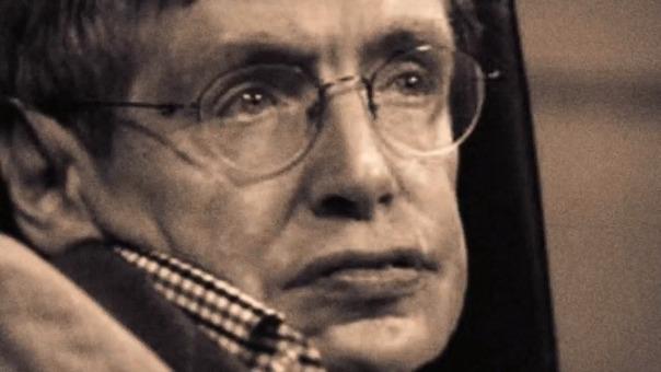 Stephen Hawking también incursionó en el fútbol.
