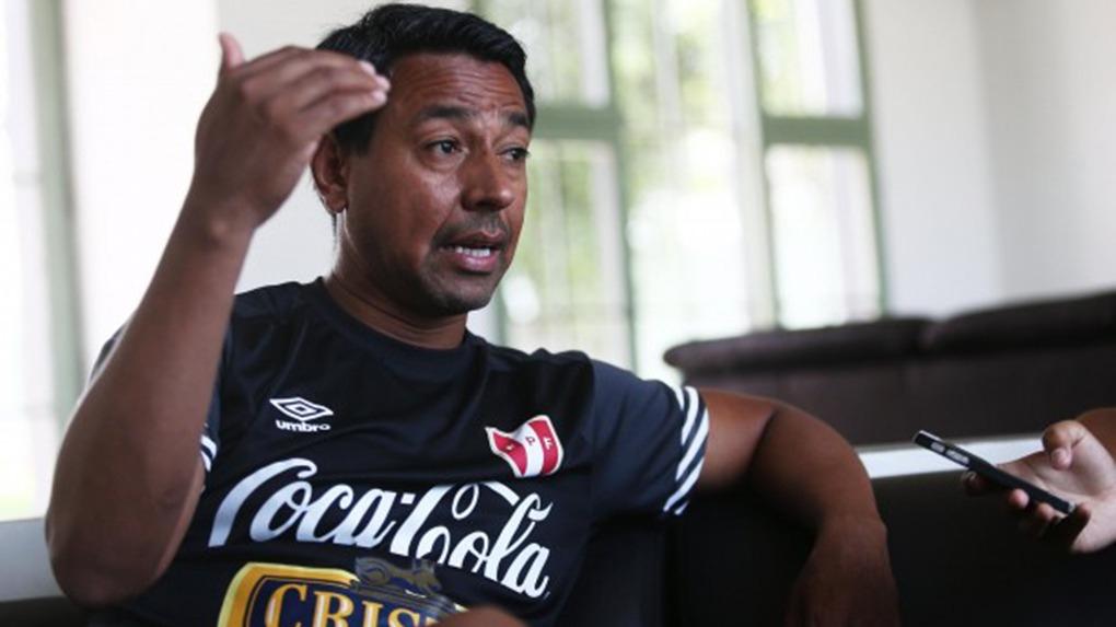 Como futbolista, Nolberto Solano jugó 95 encuentros con la Selección Mayor Peruana.