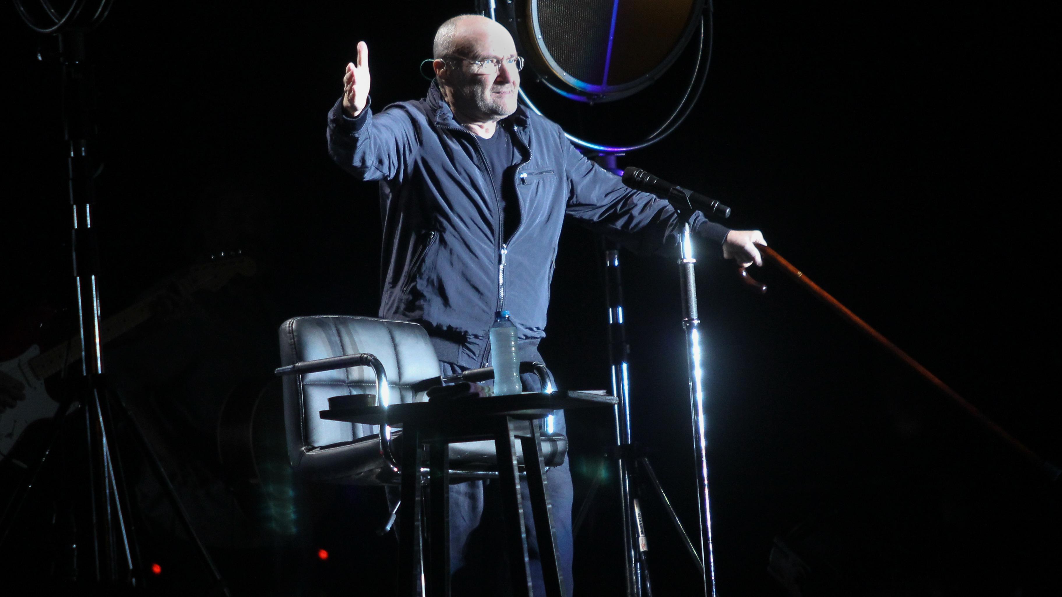 Phil Collins dio un concierto en Lima después de 23 años.