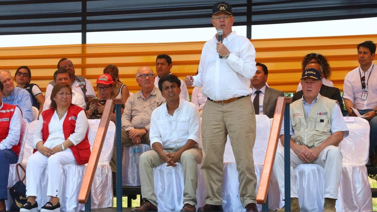 Presidente inauguró obra de agua en la Punchana.