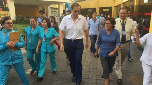 El presidente realizó una visita inopinada al Hospital del Niño.