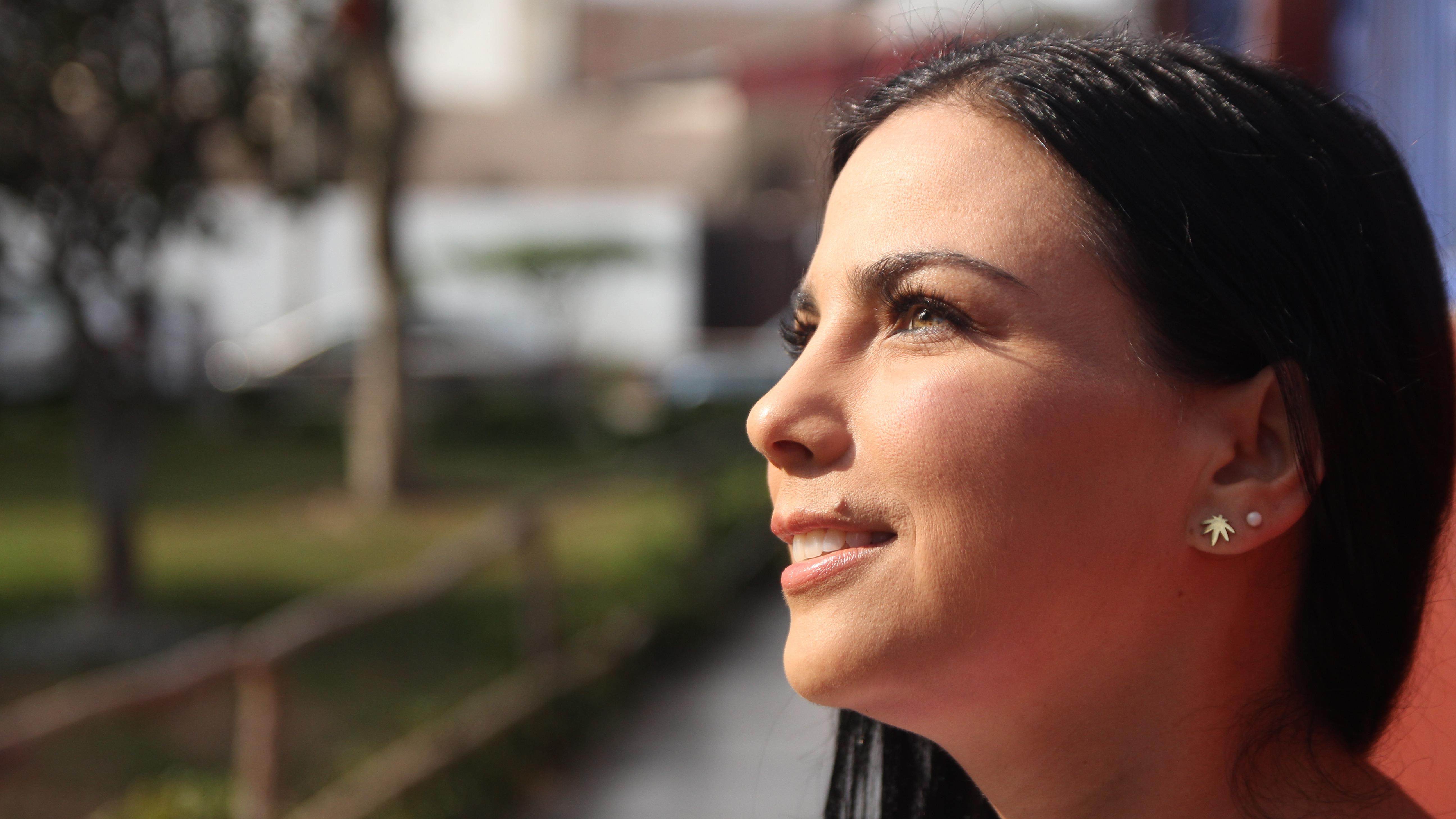Milagros López Arias ganó un Premio ACE (Oscar latinoamericano) por su papel protagónico en la serie de Santa Rosa de Lima.