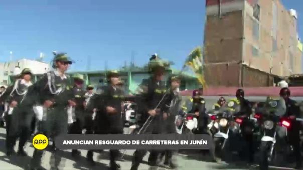 Policías fueroon desplegados en toda la región por Semana Santa.