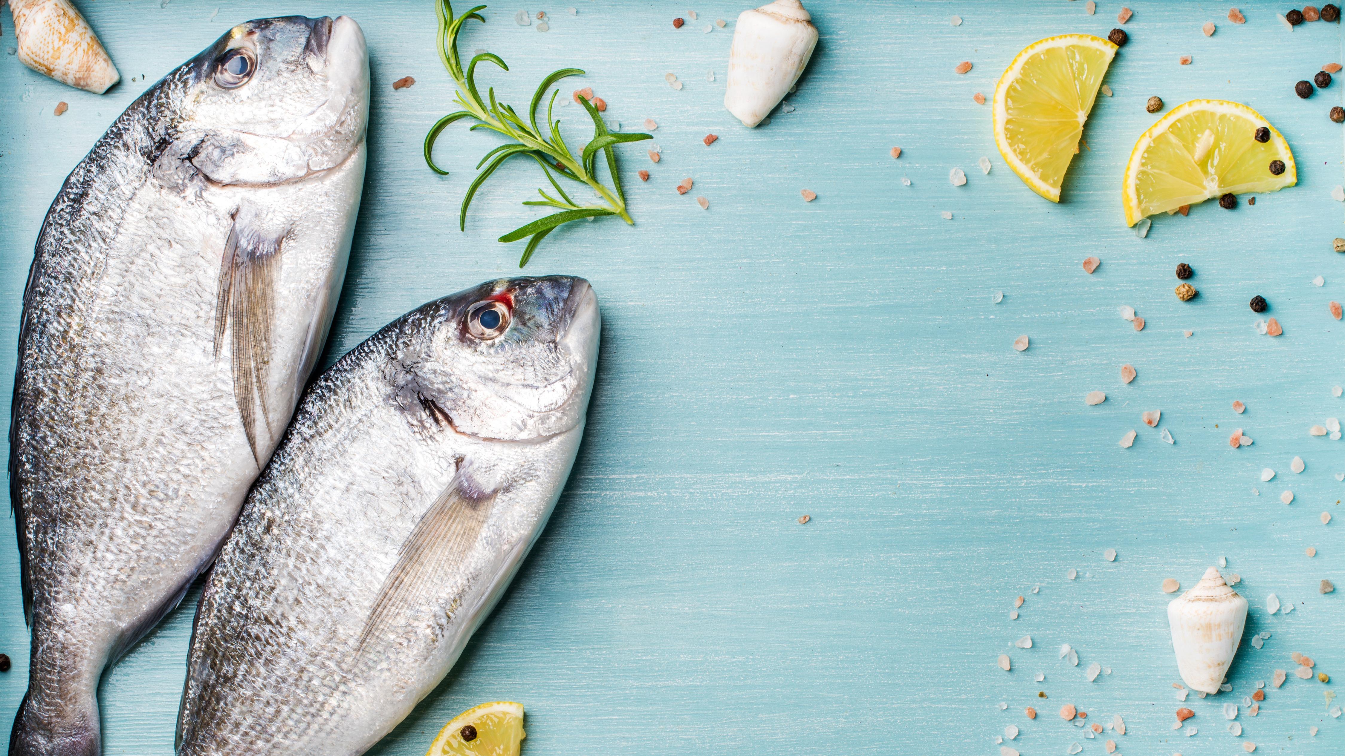 Aprenda a verificar si el pescado que consumo está en buen estado.