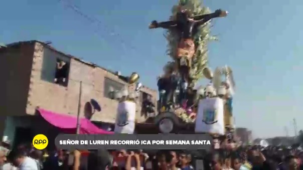 Imagen del sagrado patrón iqueño recorrió las calles derramando bendiciones con ocasión del Viernes Santo.
