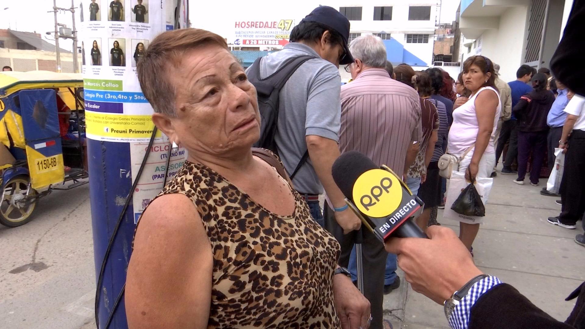 Luz Bastidas tiene 61 años y gasta hasta mensualmente 60 soles en medicamentos, consultas y transporte al centro de salud.
