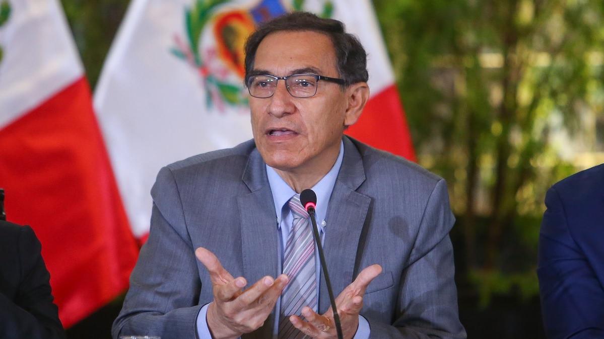Reunión congregó a gobernadores regionales y miembros del Gabinete Ministerial.
