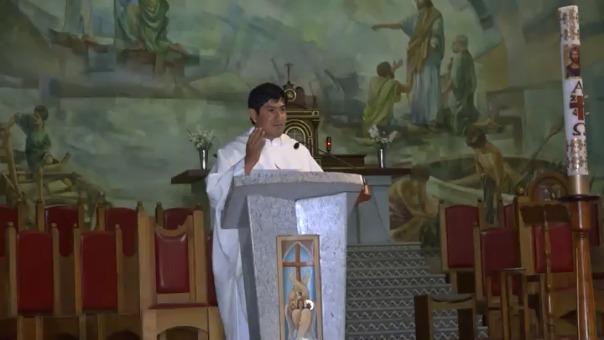 El sacerdote que ofició la misa pidió que los fieles católicos oren por el capitán de la Selección Peruana.