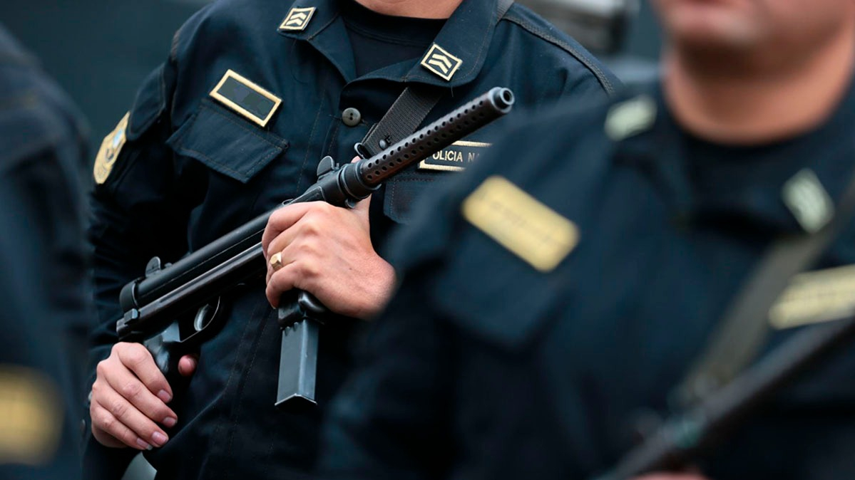 Número de centros de estudio policial se reduciría de 27 a solo 12 o 10.