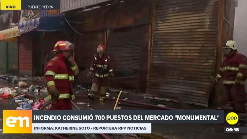 El Cuerpo General de Bomberos reportó como controlado el incendio en un mercado en Puente Piedra.