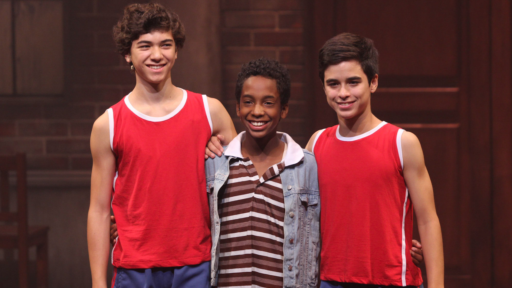 Thiago Vernal, Ray del Castillo y Brando Gallesi interpretan a Billy Elliot.