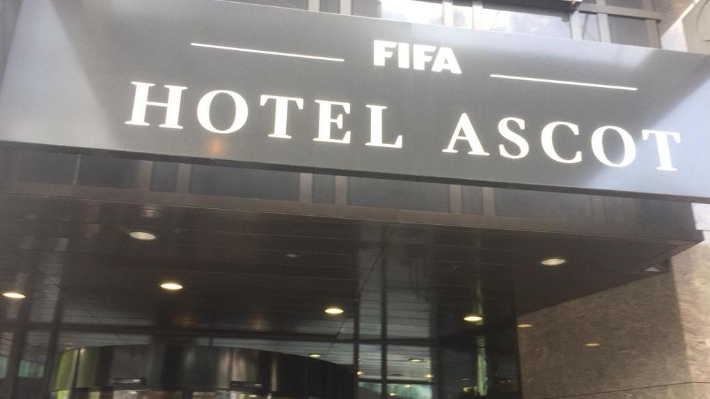 Paolo Guerrero se encuentra en su hotel tras reunirse con el presidente de la FIFA.