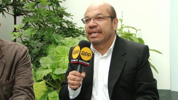 Hugo Ñopo explica el 'boom' literario deportivo por el que atraviesa el Perú.