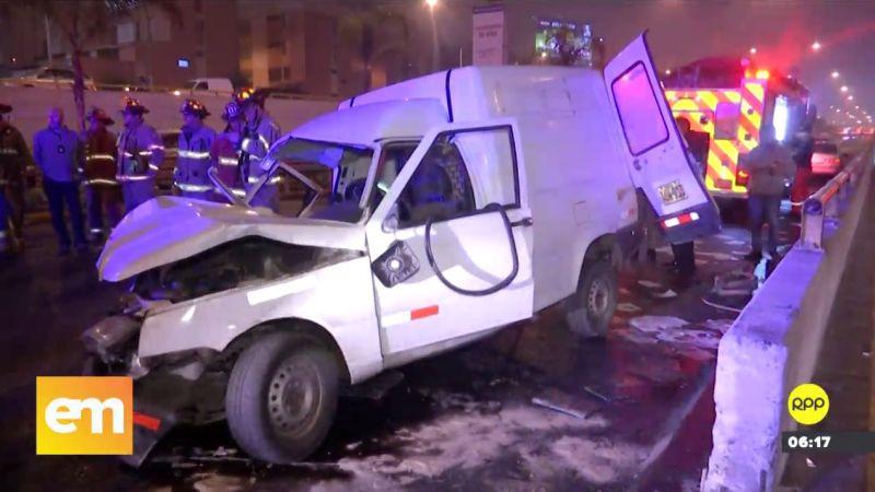 El conductor de la camioneta, lejos de auxiliar a los heridos, se dio a la fuga.