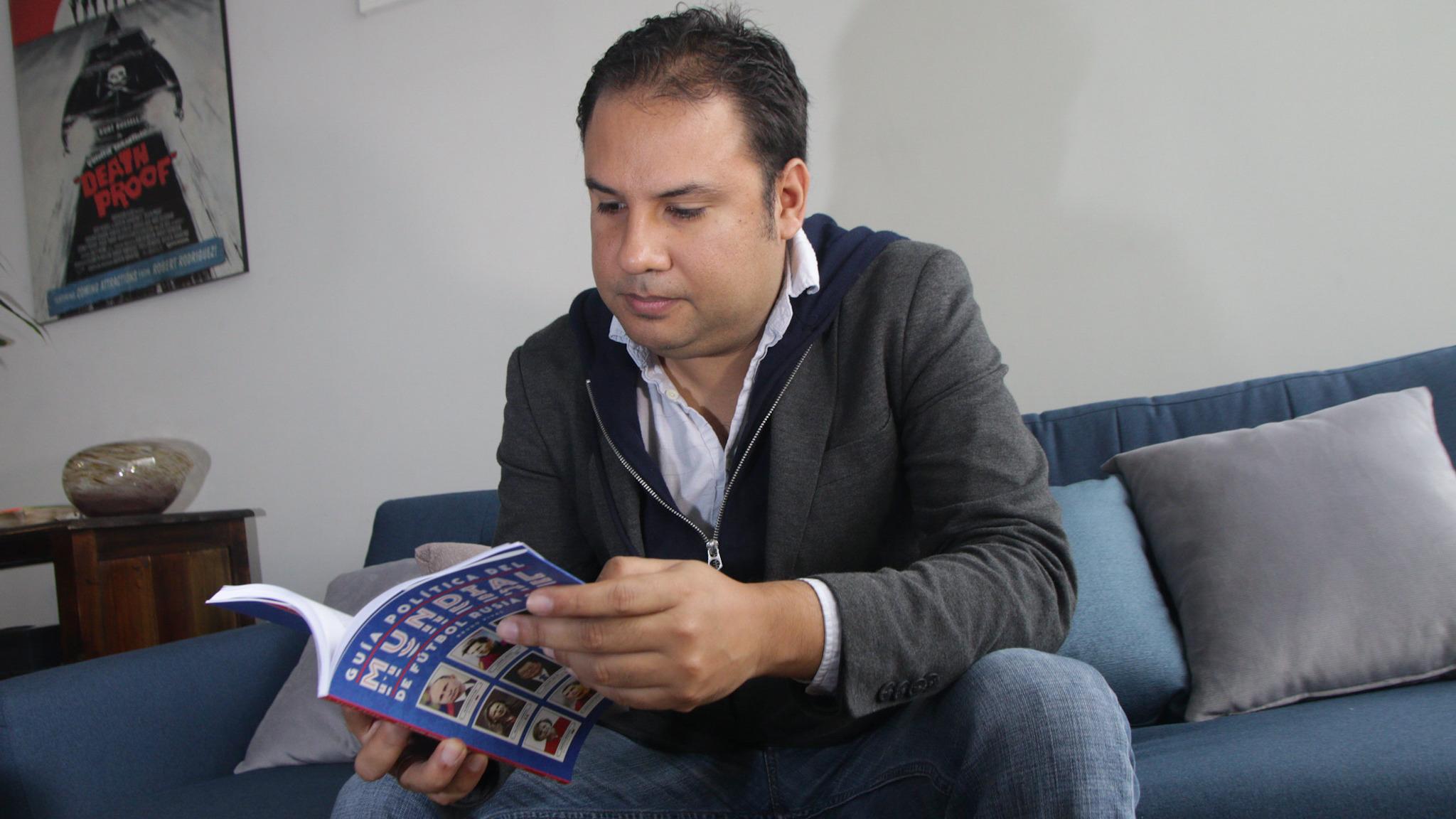Bruno Rivas, autor del libro, explicó la suspicacia de la ausencia de Estados Unidos en el Mundial Rusia 2018.